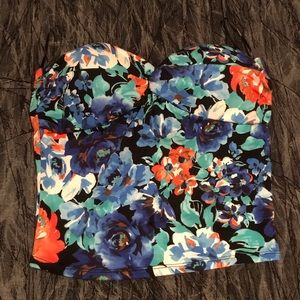 💙Ambiance apparel floral crop top